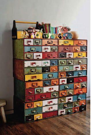 Pintar muebles de colores el taller de lo antiguo - Colores para pintar muebles ...