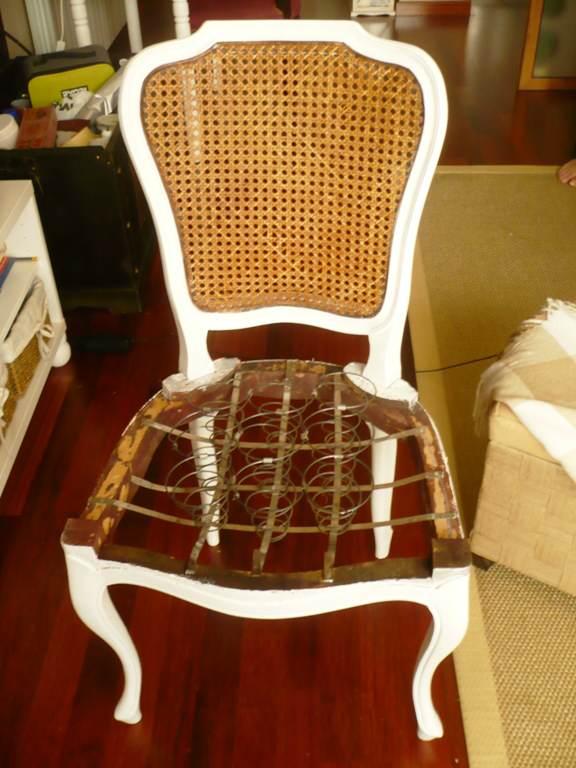 Como tapizar silla de muelles el taller de lo antiguo for Tapizar sillas de madera
