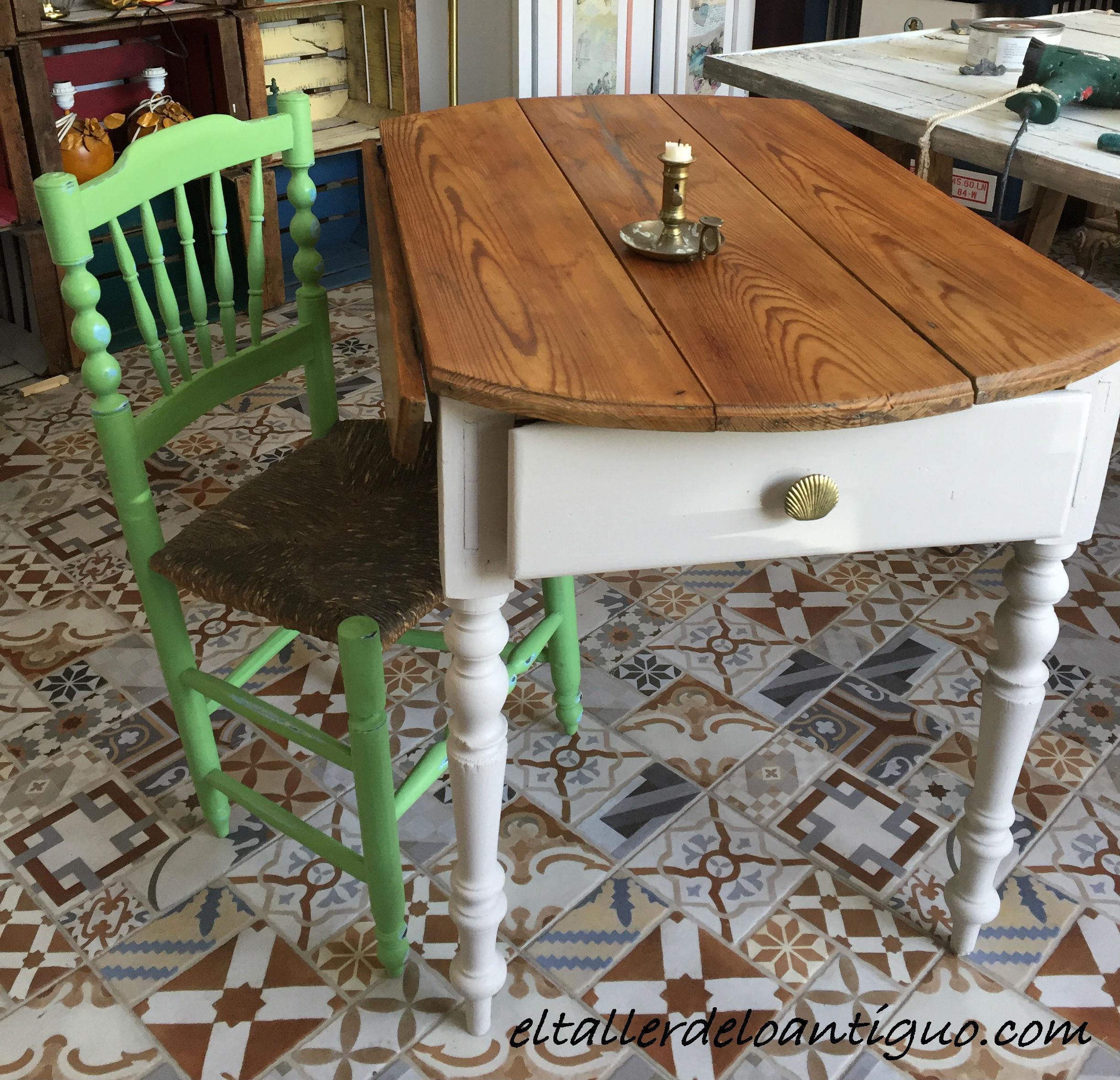 Pintar una mesa tocinera el taller de lo antiguo - Como pintar una mesa de madera ...
